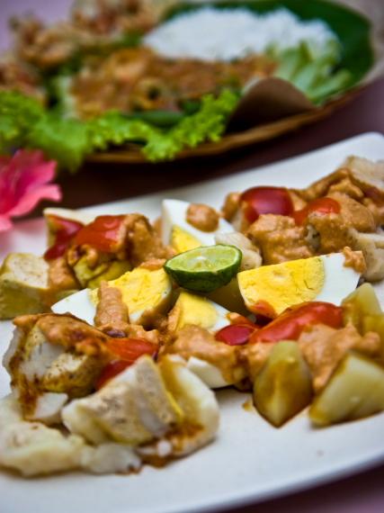 Jajanan Pasar Via Renata Hotel Puncak